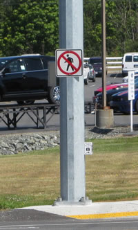 2008-0813_highway_20_peds_signs.jpg