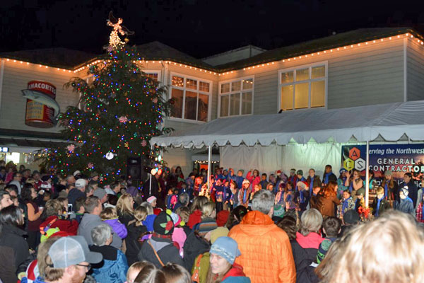 2014-1205-tree-lighting